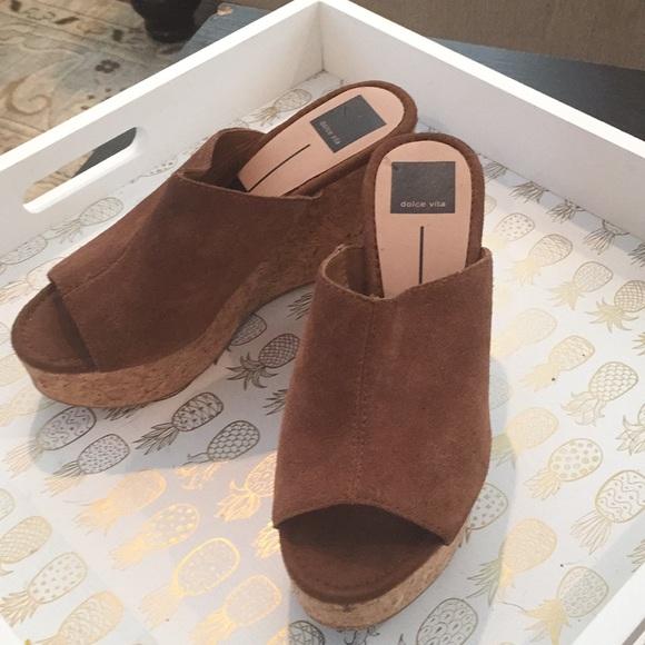 9b33e12f659 Dolce Vita Barkley cork sandal. Never worn.